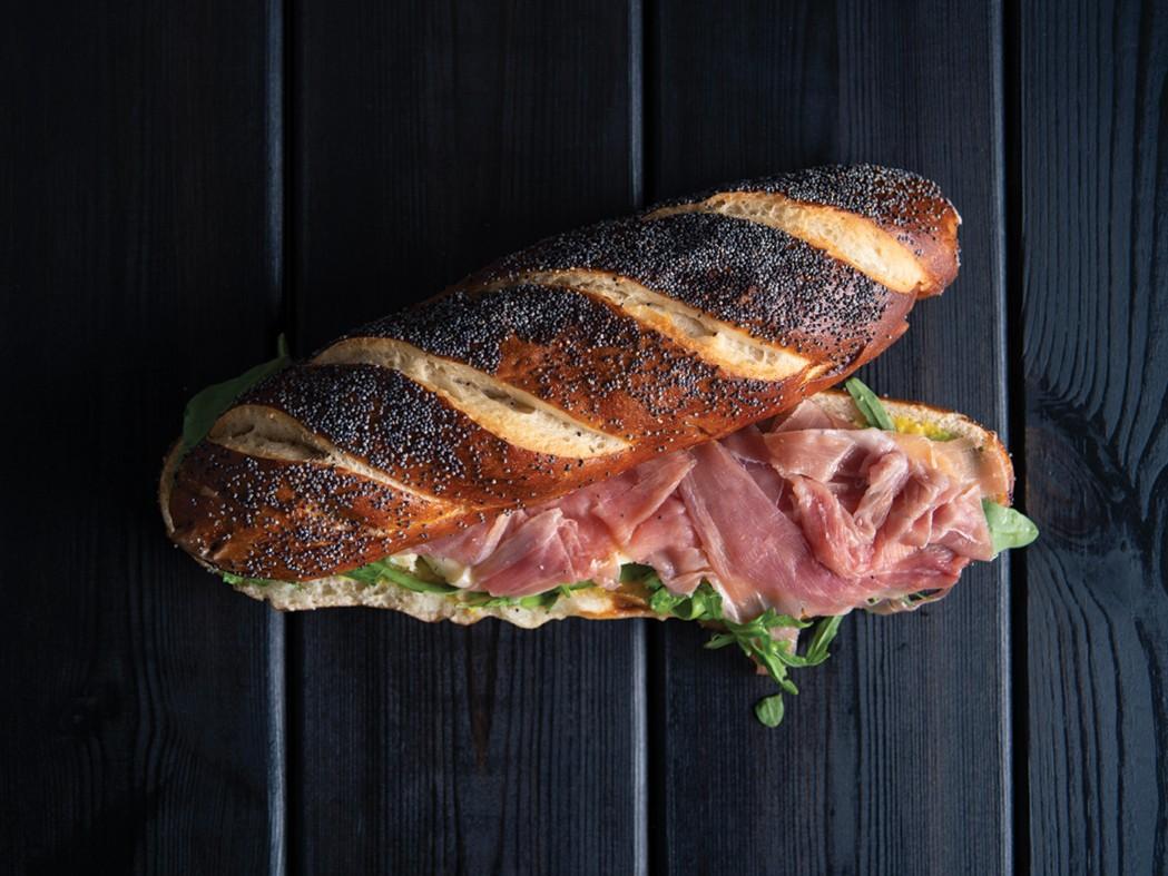 Sandwich prosciutto mozzarella