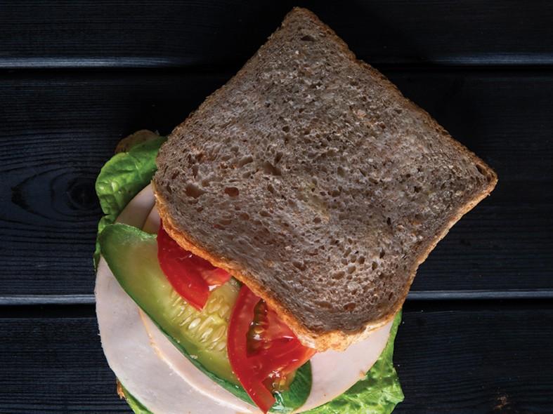 Sandwich toast whole grain + Turkey cream cheese