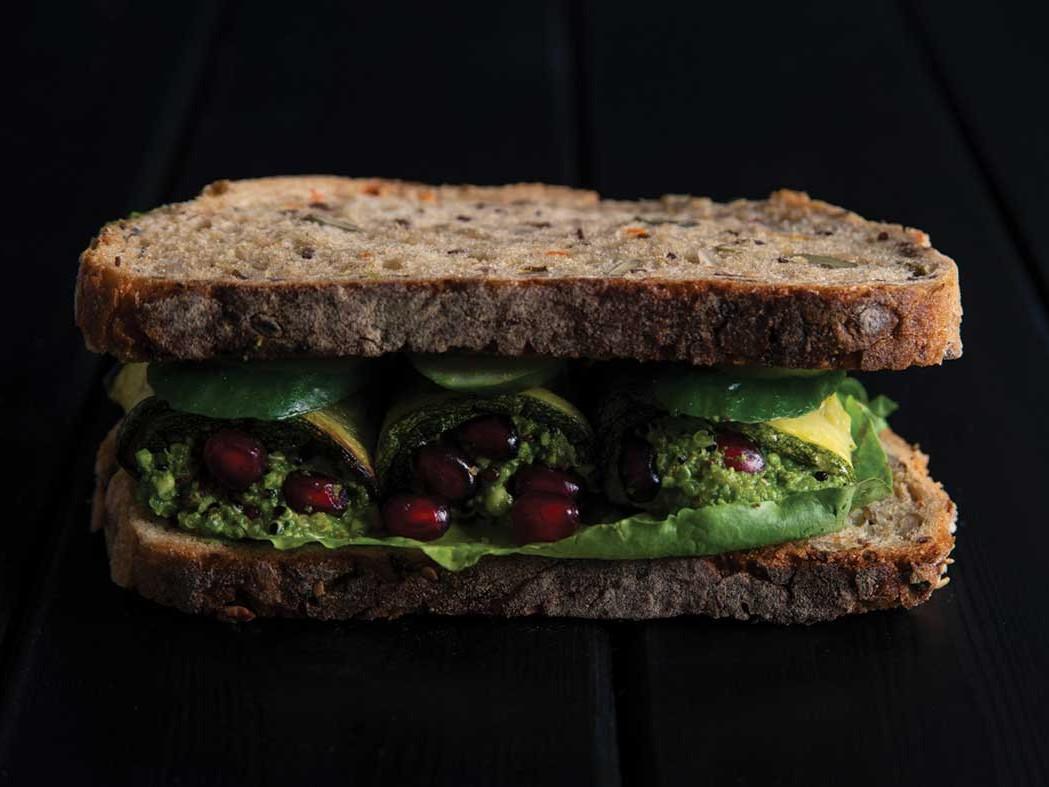Multigrain bread with zucchini, almond paste and spinach